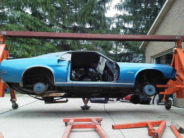 sitting 29 yrs... time to start on the 69 mustang-03.jpg
