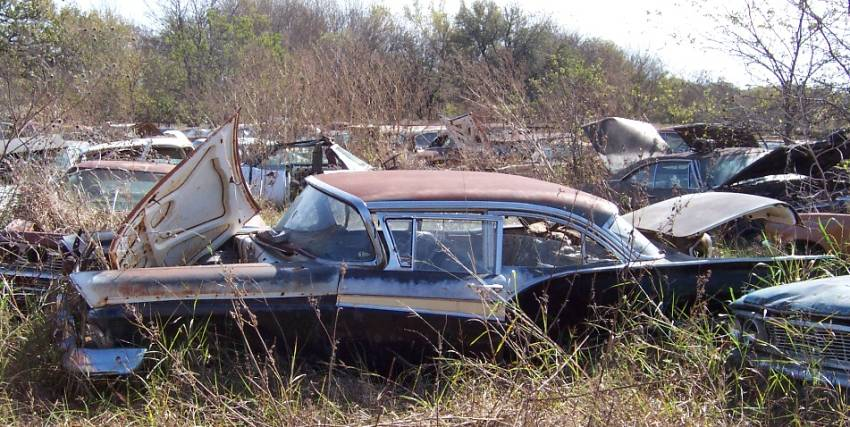 Fords in Texas Salvage Yard - Ford Muscle Forums : Ford ...