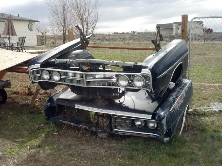 Exterior Car Part Names: 1970 Galaxie Sportsroof 2 Dr Parts Car