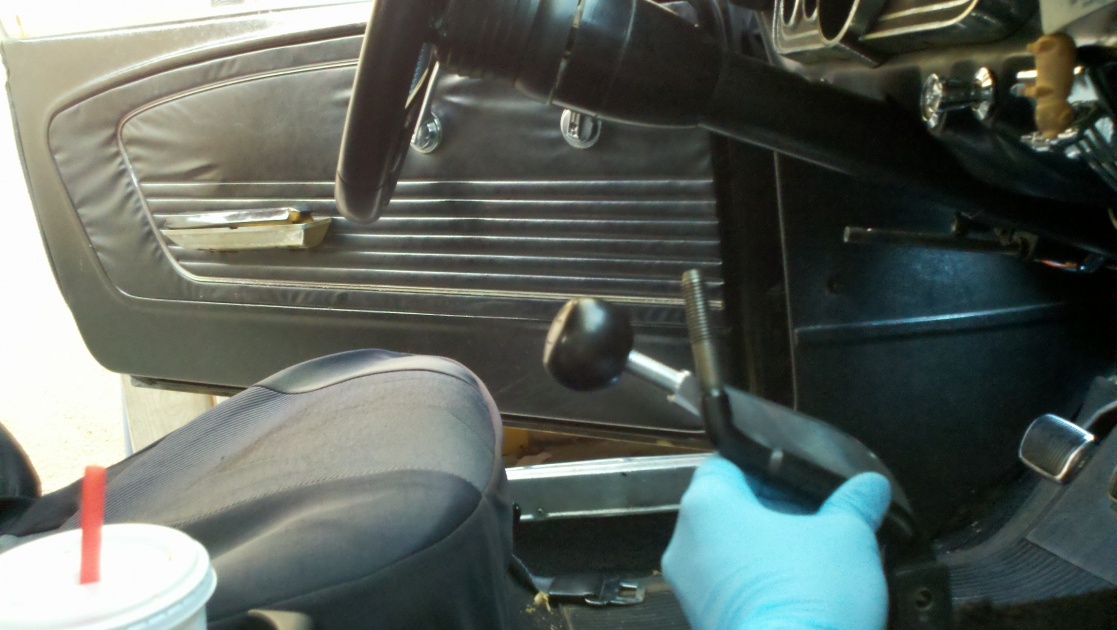 1966mustang T5 With Upr Shifter Lever Pics Ford Muscle