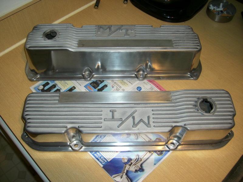 D C M M M T Valve Covers Cutlass