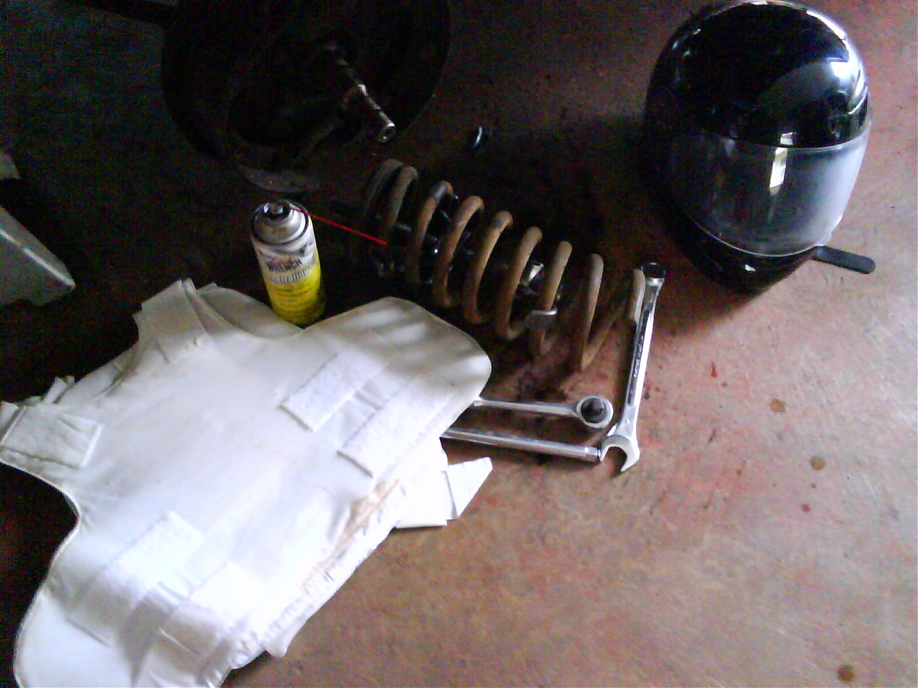 Used Cars Oahu >> Kodak Moment Coil Spring Removal - Ford Muscle Forums ...