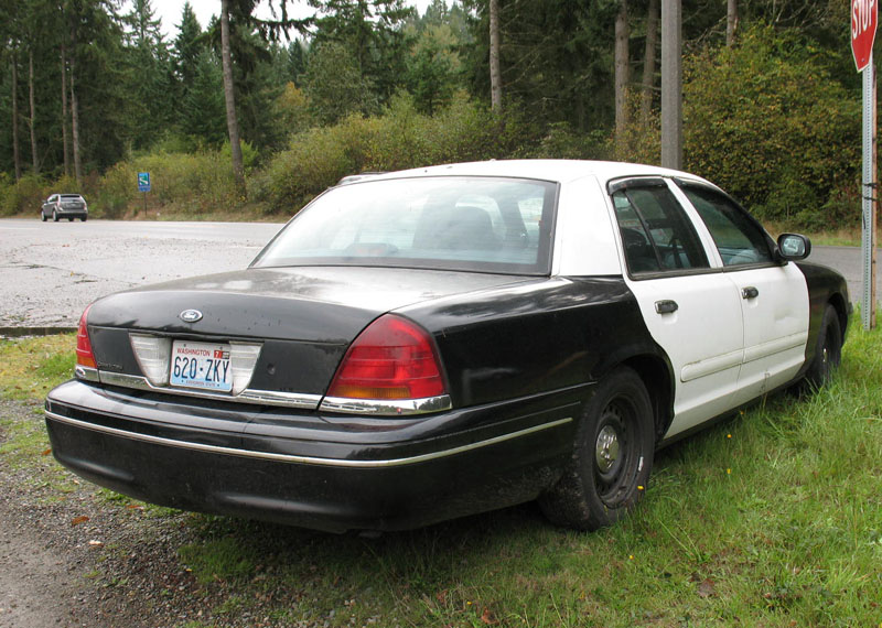 Spotted this Crown Vic police car for sale-crownvic98c.jpg & Spotted this Crown Vic police car for sale - Ford Muscle Forums ... markmcfarlin.com