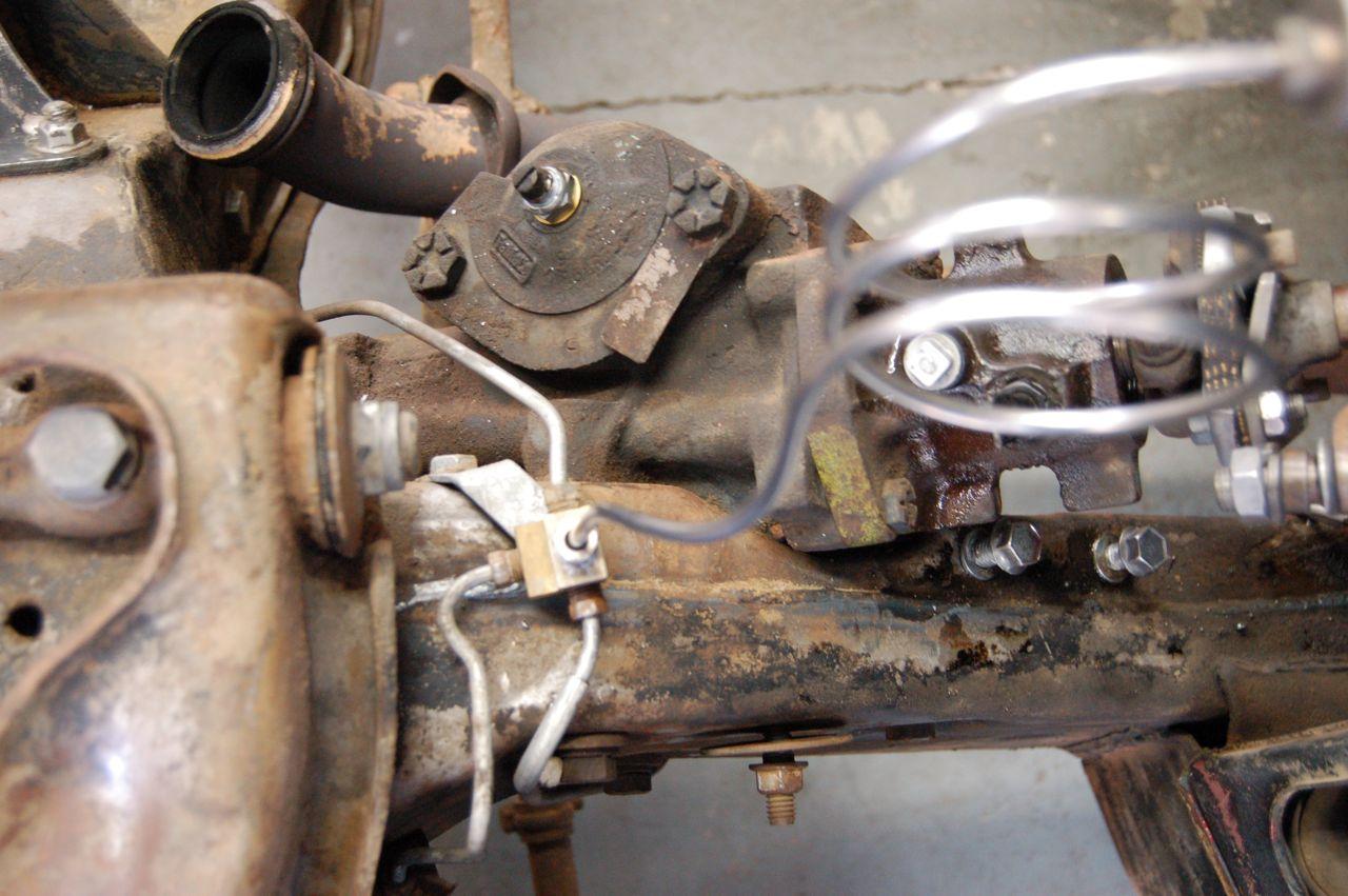 D Saginaw Ford Steering Gear Dsc