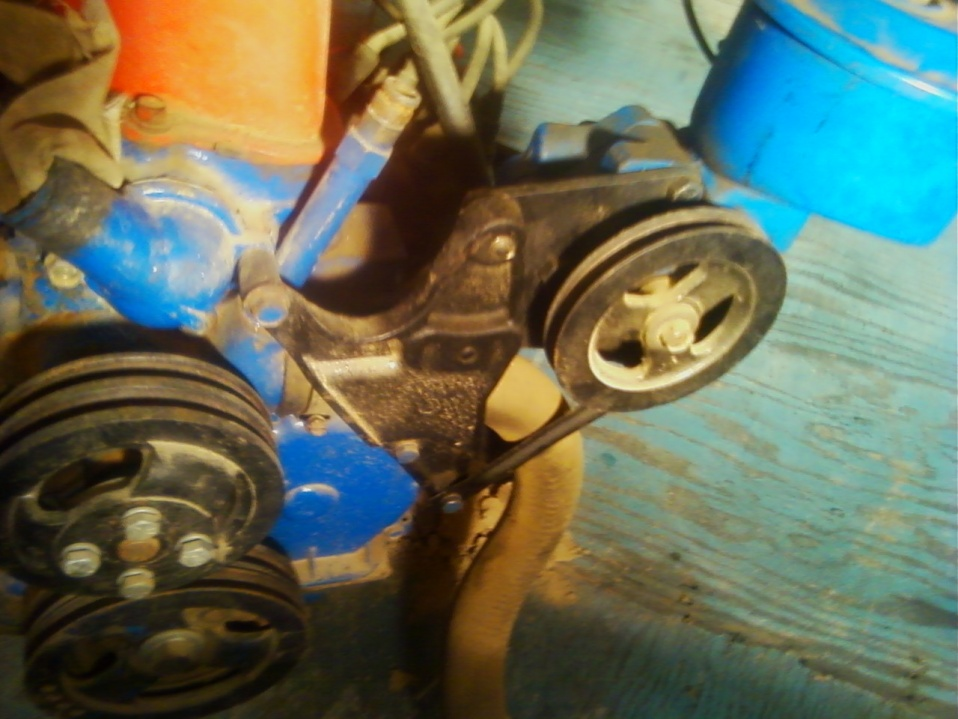 D Adding Power Steering Straight Six Falcon P S Pump Bracket on Ford Falcon Straight 6 Engine
