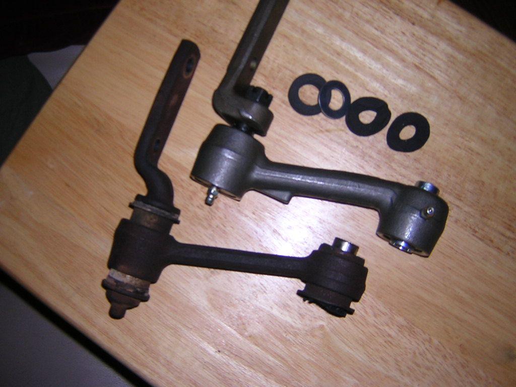 Oneputtster, Pics of MOOG Idler arm-idler-arms.jpg