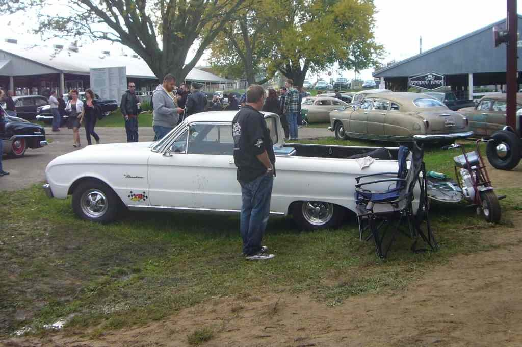 pics of my Ranchero-imageuploadedbyautoguide1381907583.071885.jpg