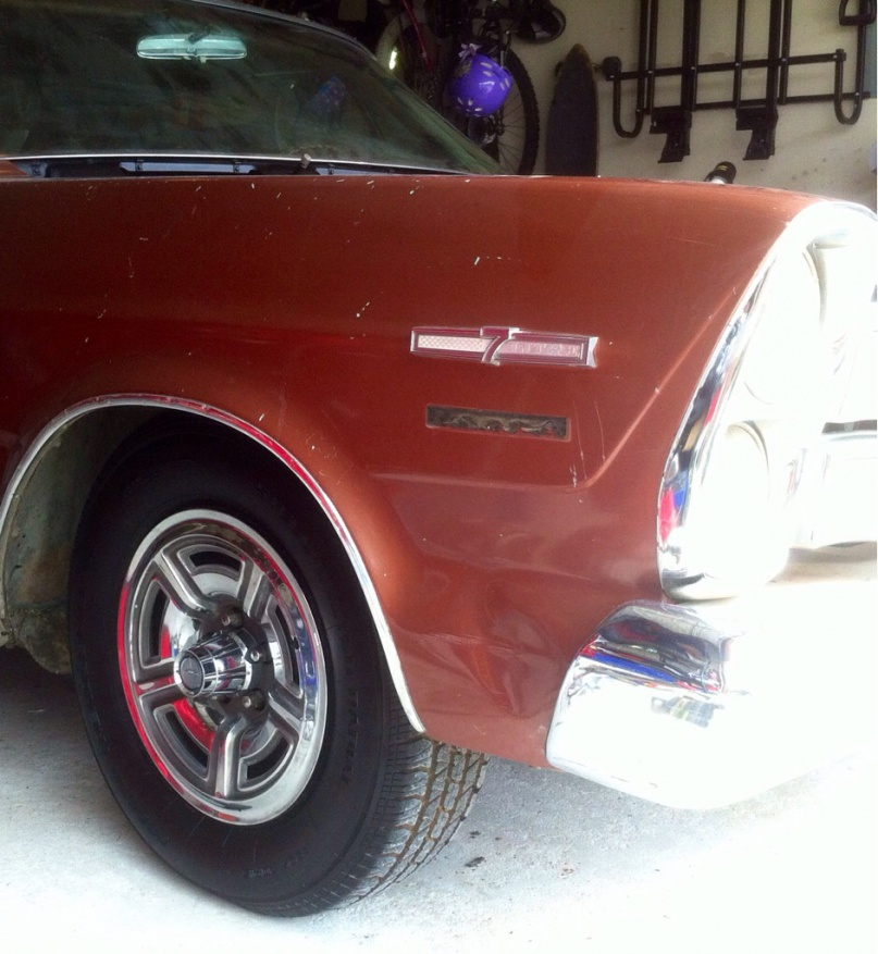 """Kelsey Hayes (KH) 15"""" Wheels from a 1966 Ford Galaxie 7 Litre-imageuploadedbyautoguide1393653981.930436.jpg"""