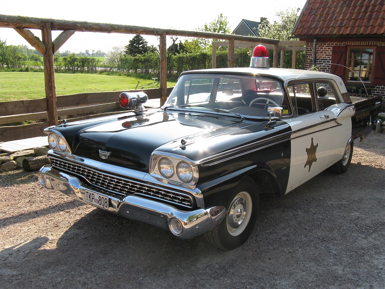 made a 65 galaxie cop car