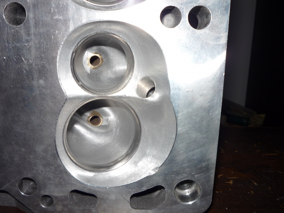 World Products Man O War 18 Degree SBF CNC Heads-p1000398.jpg