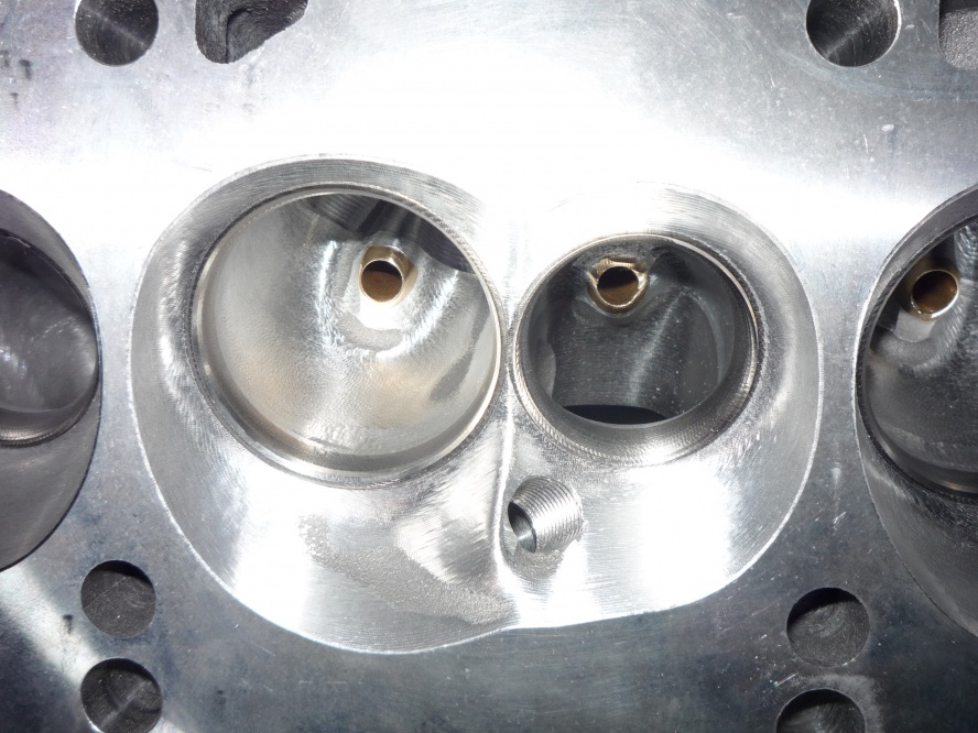 World Products Man O War 18 Degree SBF CNC Heads-p1000407.jpg