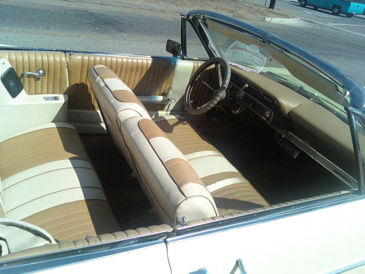 1966 Ford Galaxie Convertible-photo-3.jpg