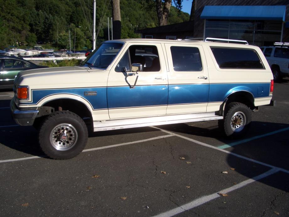 Ford Bronco 4 Door